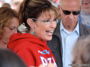 Palin will visit the Army base in early December.