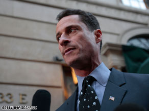  Rep. Anthony Weiner said Monday that President Obama will have a &#039;very difficult&#039; time getting a health care bill passed without a public option.