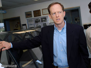 Pat Toomey leads Sen. Arlen Specter by 10 points in a possible November match-up, according to a new poll.