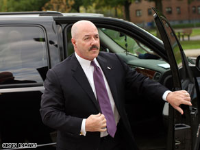 Kerik pleads guilty to misleading White House.