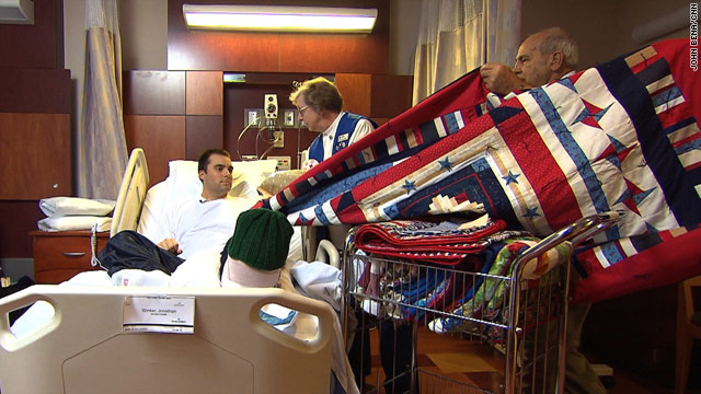 Saying thanks to soldiers with quilts - CNN.com : quilts for soldiers - Adamdwight.com