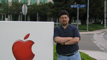 Apple fans drool over mystery product