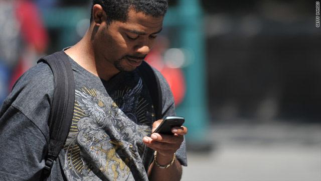 t1larg.texting.gi.jpg