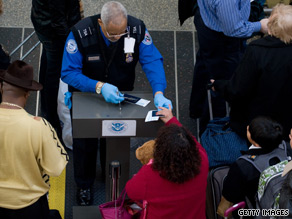 The Obama administration's nominee to head the Transportation Security Administration withdrew his name from consideration Wednesday, according to the White House.