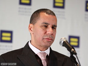 New York Gov. David Paterson is facing an ethics violation.