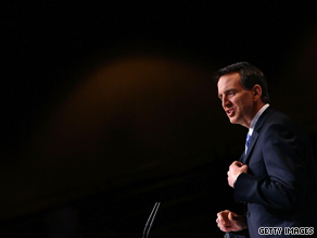 Minnesota Gov. Tim Pawlenty jokingly told conservative activists Friday that they can learn a few things from Tiger Woods&#039; wife.