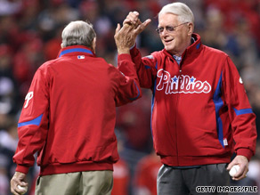 Baseball Hall of Famers Sen. Jim Bunning, right, and Robin Roberts appear at a 2009 MLB World Series game.