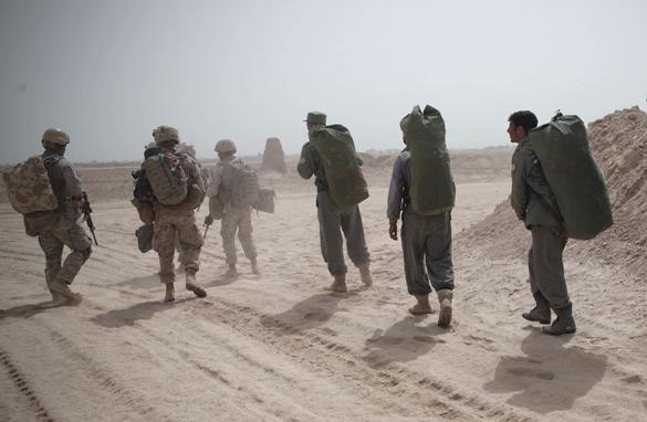 """Obama destaca el final """"responsable"""" de la guerra más larga en la historia de EE.UU."""