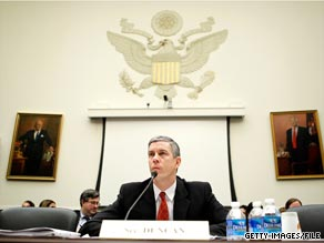"Secretary of Education Arne Duncan announced Monday that Tennessee and Delaware would be the first two states to receive funding under the Obama administration's new ""Race to the Top"" program."