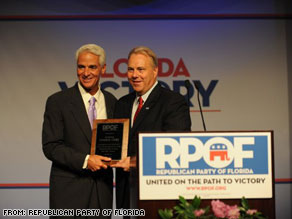 Former Florida GOP chairman Jim Greer, right, appearing with Gov. Charlie Crist at a fundraising dinner in 2008.