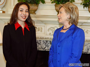 Roxana Saberi seen with Hilary Clinton in May 2009.