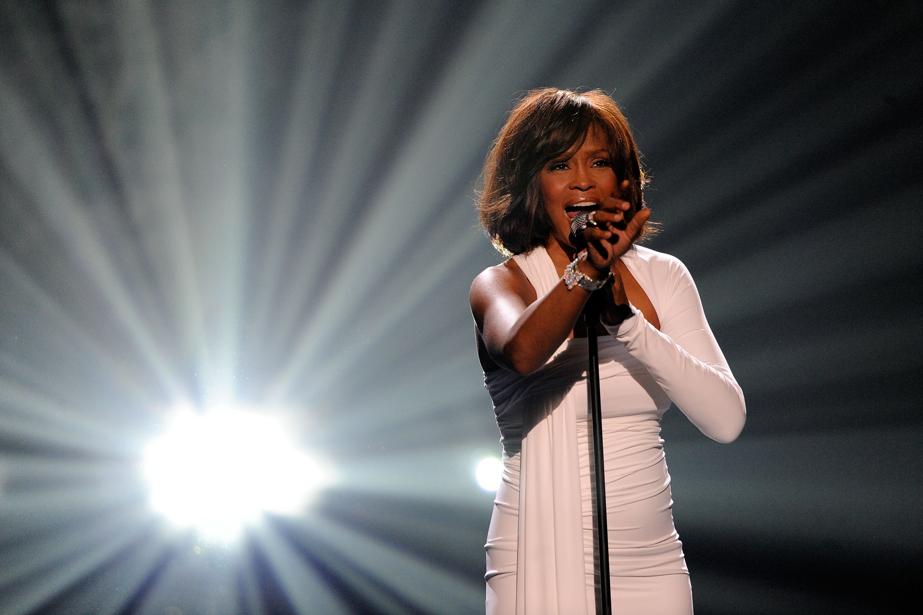 Whitney houston cancels paris performance the marquee for The whitney