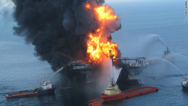 t1larg.oil.rig.fire.uscg Breaking News: 4 injured, two missing in Gulf oil rig fire