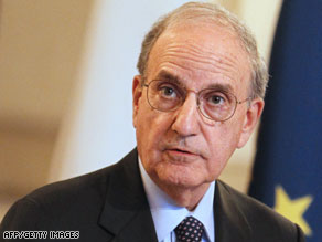 Obama administration's special envoy to the Middle East, George Mitchell, returned to the region Thursday.