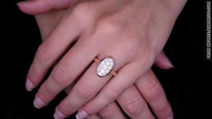 bella swan�s engagement ring coming soon to a proposal
