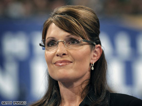 Sarah Palin's luggage was lost Friday, forcing her to find an alternate outfit before a speech in Idaho.
