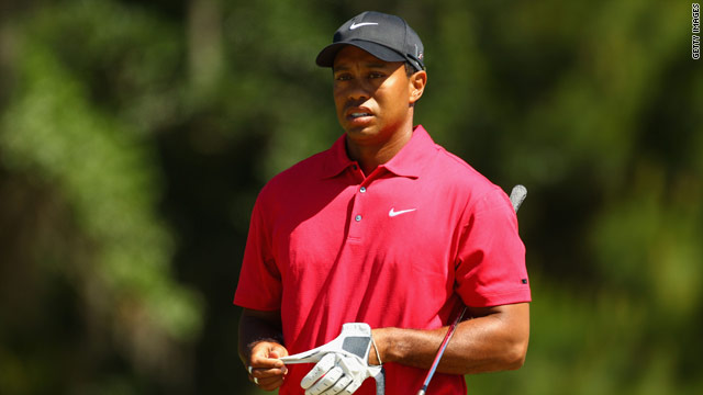 Tiger Woods pulled out of the Players Championship on the final day with a neck injury.