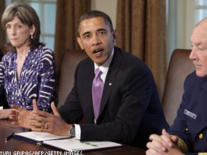 Pres. Obama, Coast Guard Admiral Thad Allen (R), and White House energy adviser Carol Browner discuss the Obama administration's response to the BP Deepwater Horizon oil spill.