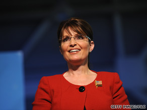 Sarah Palin said she hopes to meet one of her &#039;political heroines&#039;, former British Prime Minister Margaret Thatcher, when she visits London.