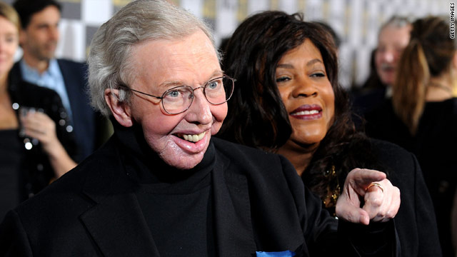 Roger Ebert finds his voice and appetite online