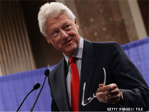 Bill Clinton heads to Ohio to campaign for Gov. Ted Stickland Tuesday.