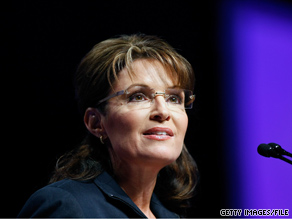 Sarah Palin's political action committee raised more than $865,000 over the last three months.