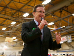 Republican candidate and prominent Colorado lawyer Scott McInnis has apologized for plagiarizing the work of state Supreme Court justice.