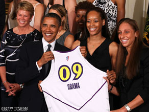 President Obama met with the WNBA champion Phoenix Mercury on Monday.