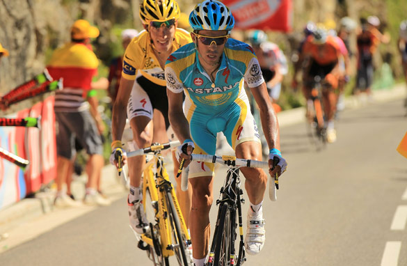 Alberto Contador leads his main rival Andy Schleck in the Tour de France. (AFP/Getty Images)