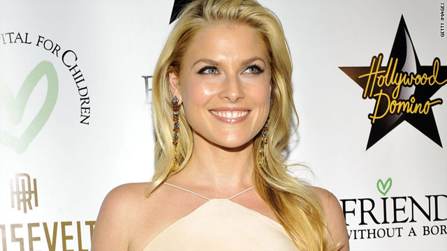 'Heroes' star Ali Larter is pregnant
