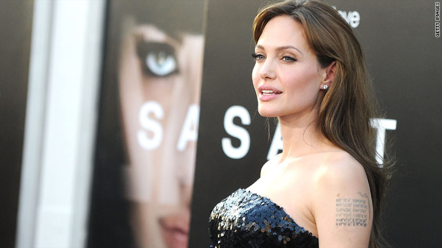 Angelina Jolie does her own stunts in 'Salt'