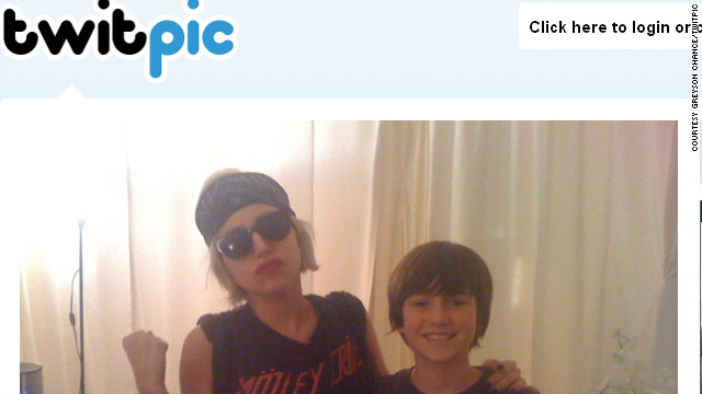 'Paparazzi' kid finally meets Gaga