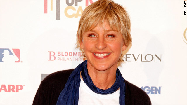 Ellen takes the 'SYTYCD' stage