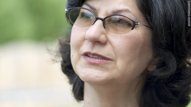 Baha'i woman recalls imprisonment in Iran