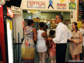 President Obama ordered lunch Sunday at Parkway Bakery and Tavern in New Orleans.