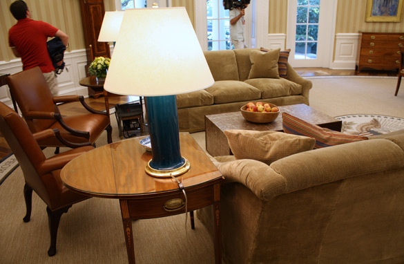oval office coffee table. the oval office recently underwent an extreme makerover photo credit shawna shepherdpool coffee table n