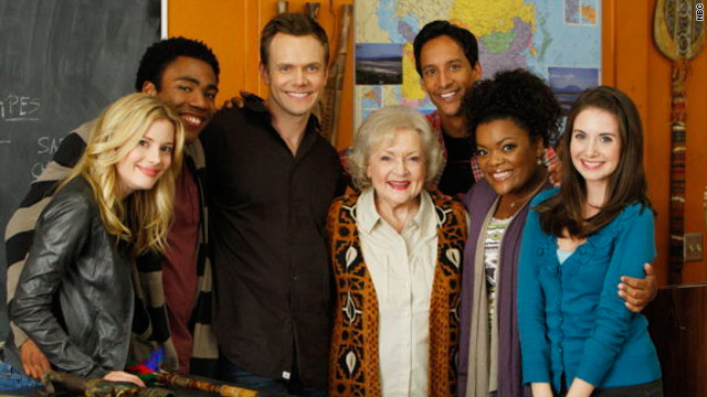 'Community' + Betty White = heaven