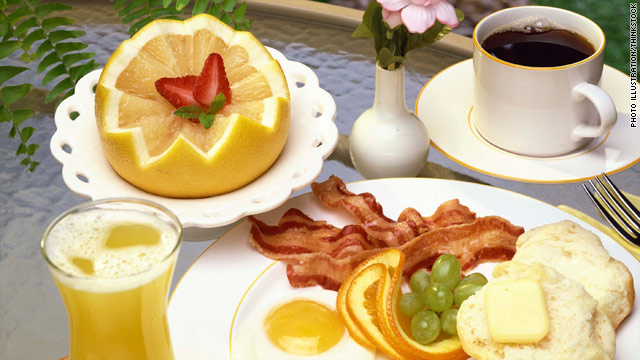 Hotel guests scramble for free breakfast