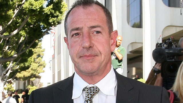 Michael Lohan makes statement that he'll no longer make statements