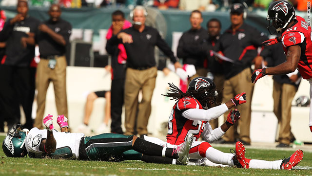 NFL head injuries prompt fines, brain concerns