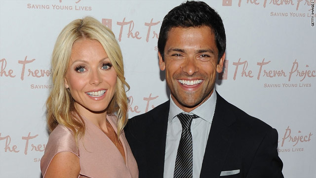 Kelly Ripa, Mark Consuelos to star in new comedy