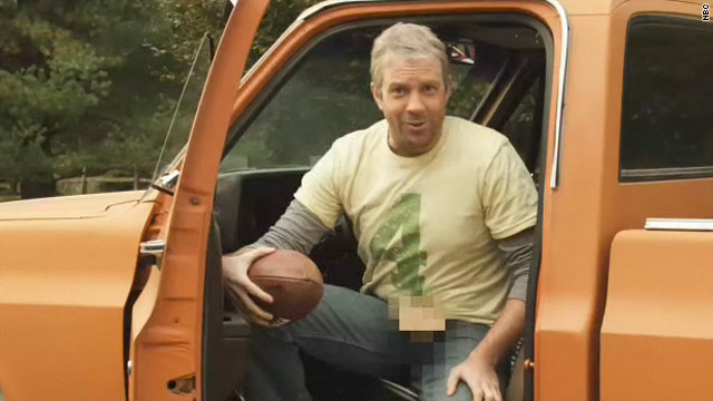 Bret Favre&#039;s Wrangler, open-fly jeans on &#039;SNL&#039;