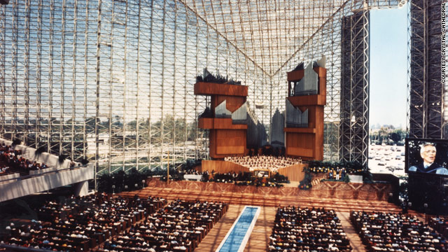 Crystal Cathedral leaders appeal to congregation in wake of bankruptcy filing