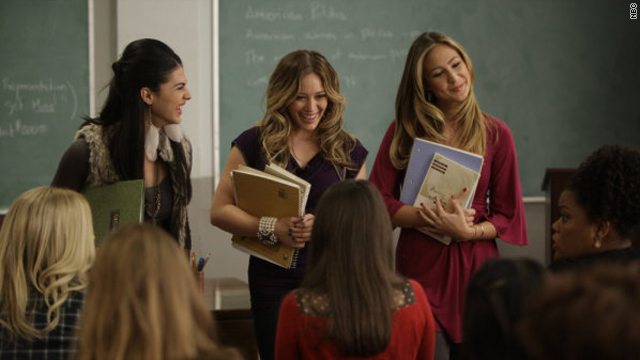 Hilary Duff is a mean girl on &#039;Community&#039;