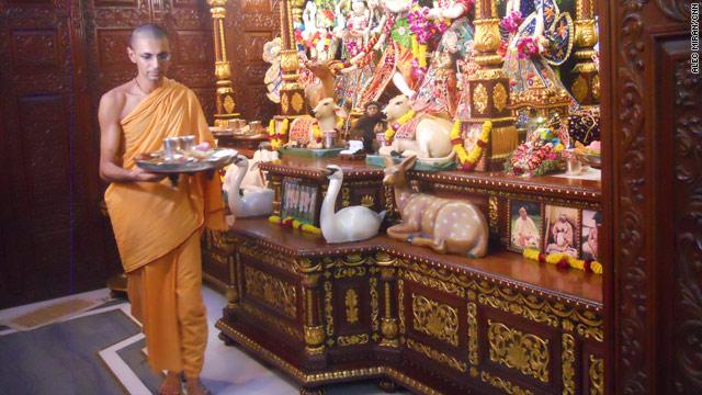 Images of India: Monks celebrate Diwali