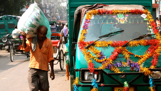 Images of India: Diwali decorated truck