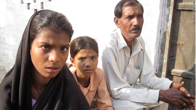 Official: Pakistani Christian woman falsely accused of blasphemy