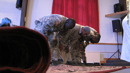killeen muslim The fort hood shootings have brought unwelcome attention to the band of a few dozen muslim worshipers, many with military connections, who prayed alongside the suspect, maj nidal m hasan, at the only mosque in this central texas army town.
