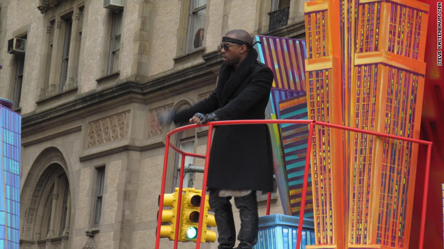 Kanye and Matt Lauer together again at Macy's Thanksgiving Parade