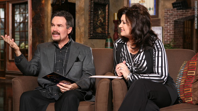 Televangelist says he cheated on wife